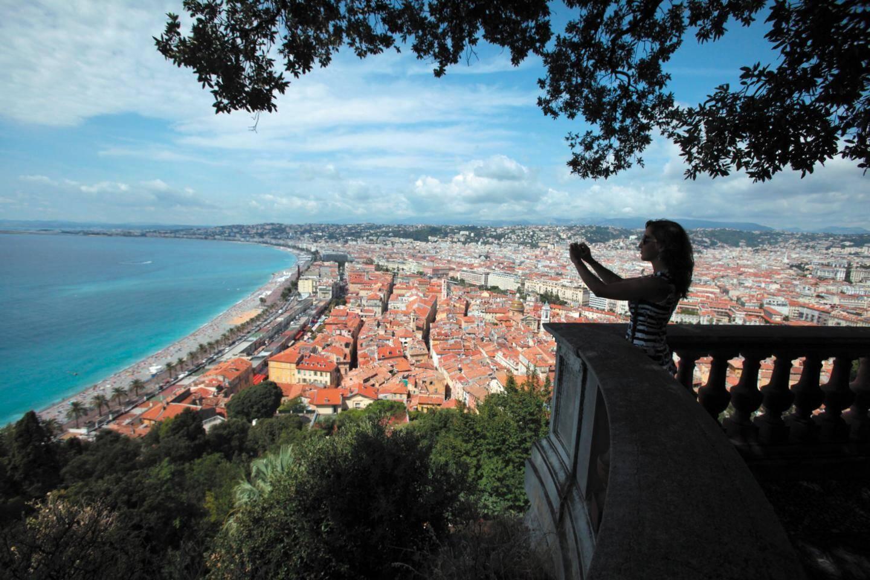 La terrasse Nietzsche offre une vue imprenable sur Nice.