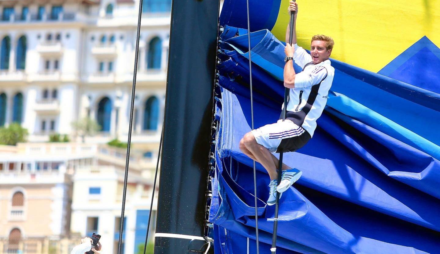 Passionné par la mer, le fils cadet de la princesse Caroline participe activement à des épreuves de voile, comme la Giraglia Rolex Cup qu'il a remporté en équipage, en 2014.
