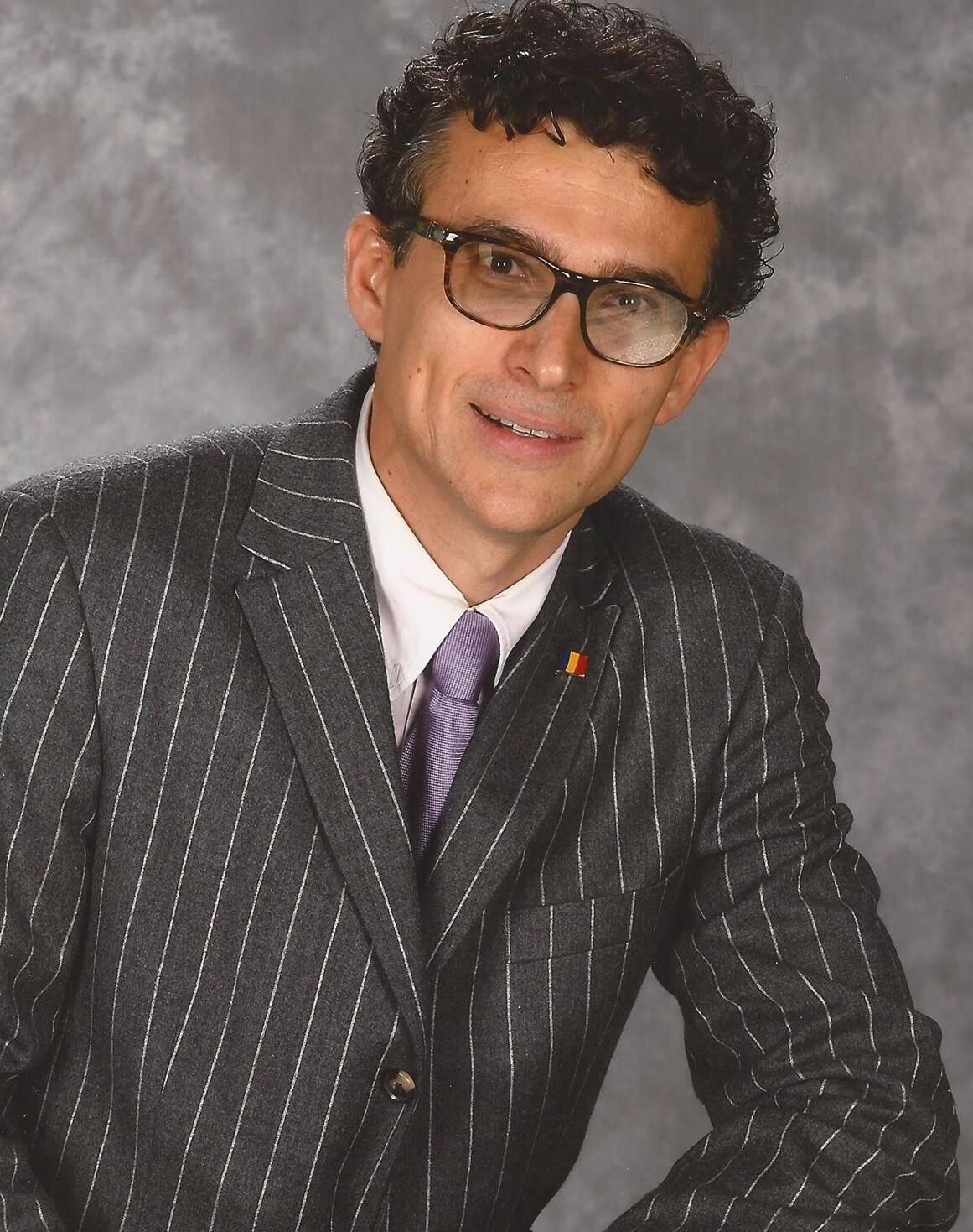 Le fondateur et Président d'honneur d'Amoro, Dr Constantin Turchina, également Consul honoraire de Roumanie à Monaco.