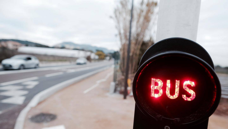 Attention: un tramway peut parfois cacher un bus !