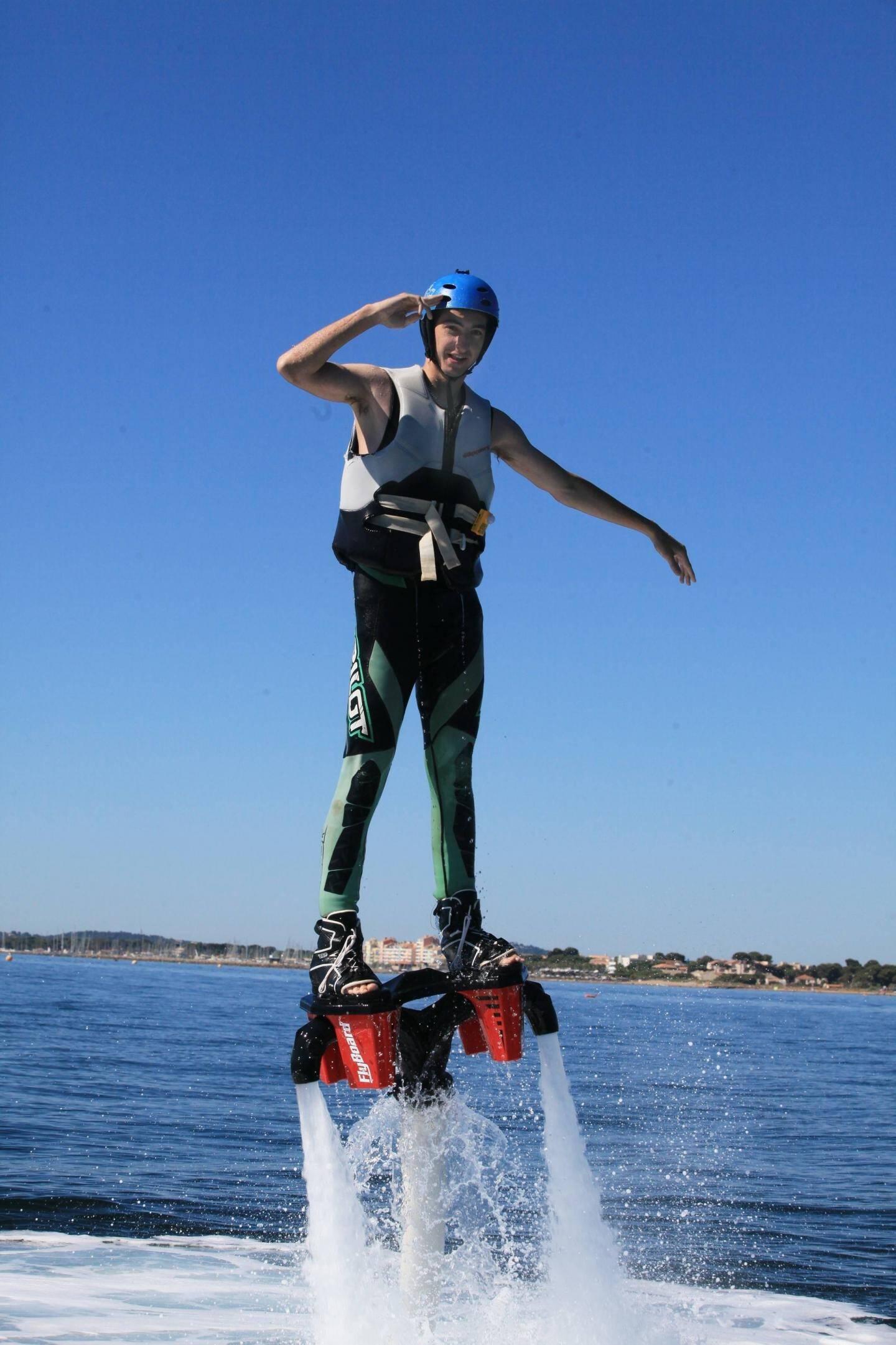 Les démonstrations de fly board font toujours sensation.(Ph L. B.)