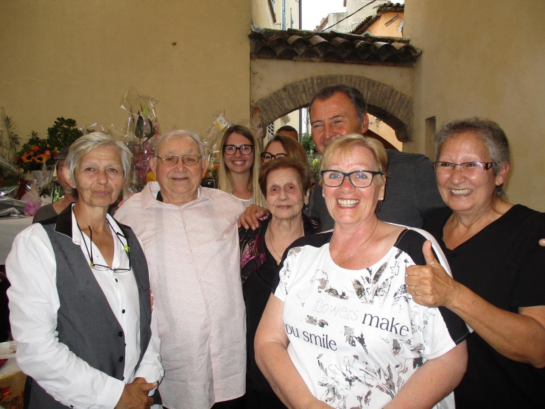 Antoine et Odette Paulian entourés de leur famille et amis ont célébré l'évènement dans la cour du Musée Escoffier.