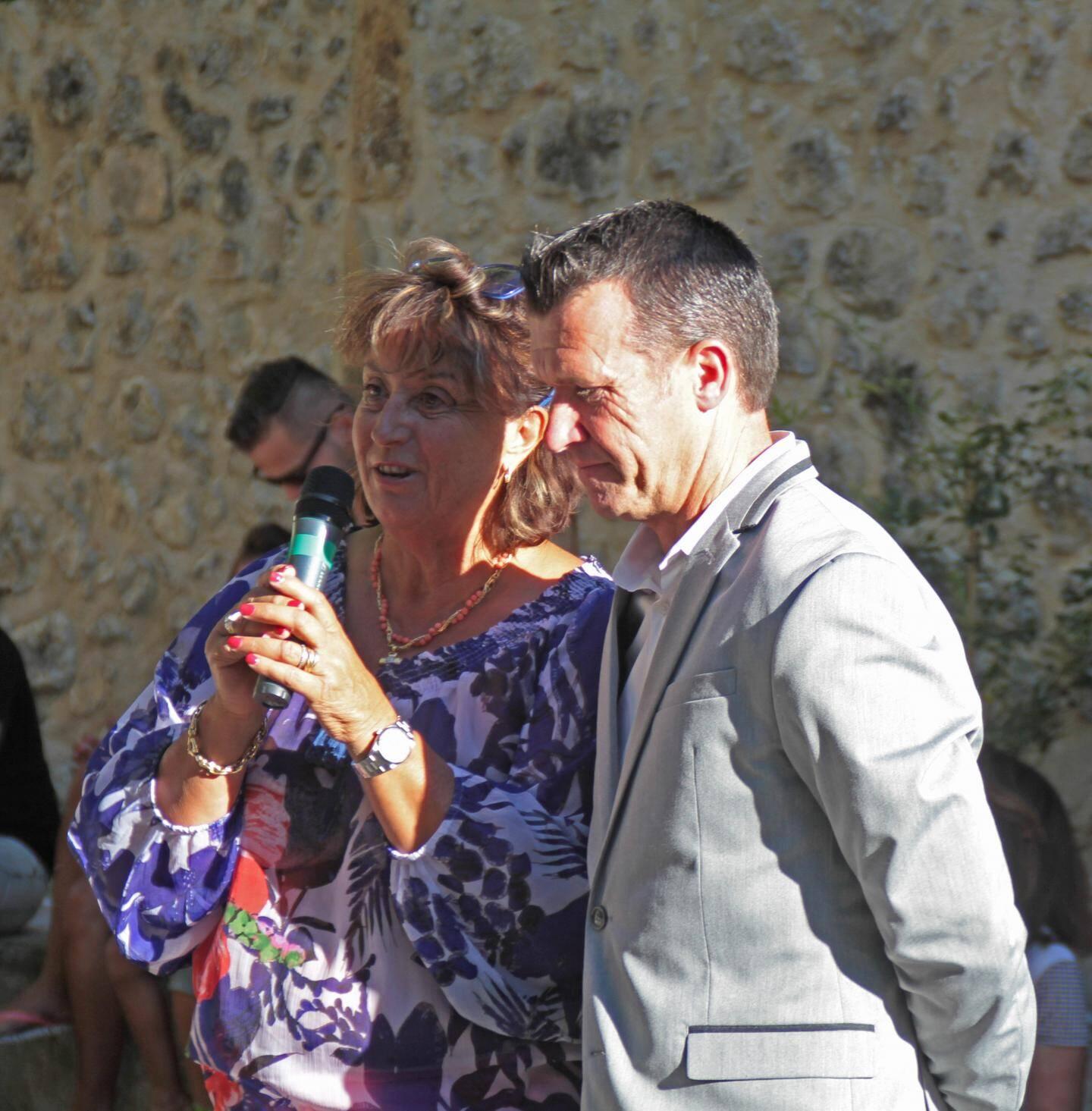 Le maire Marino Cassez et la conseillère départementale Michèle Olivier.