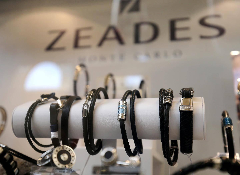 Avec un prix moyen à 79 euros, le bijou fantaisie Zeades est un cadeau à la fois chic et abordable. Un vrai atout.