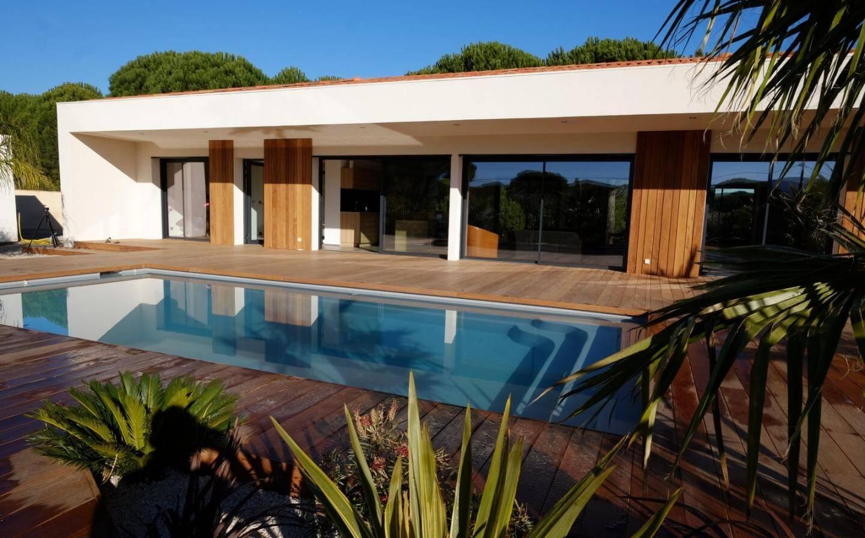Cette pop-up house a été réalisée en trois mois, jardin et finitions compris.