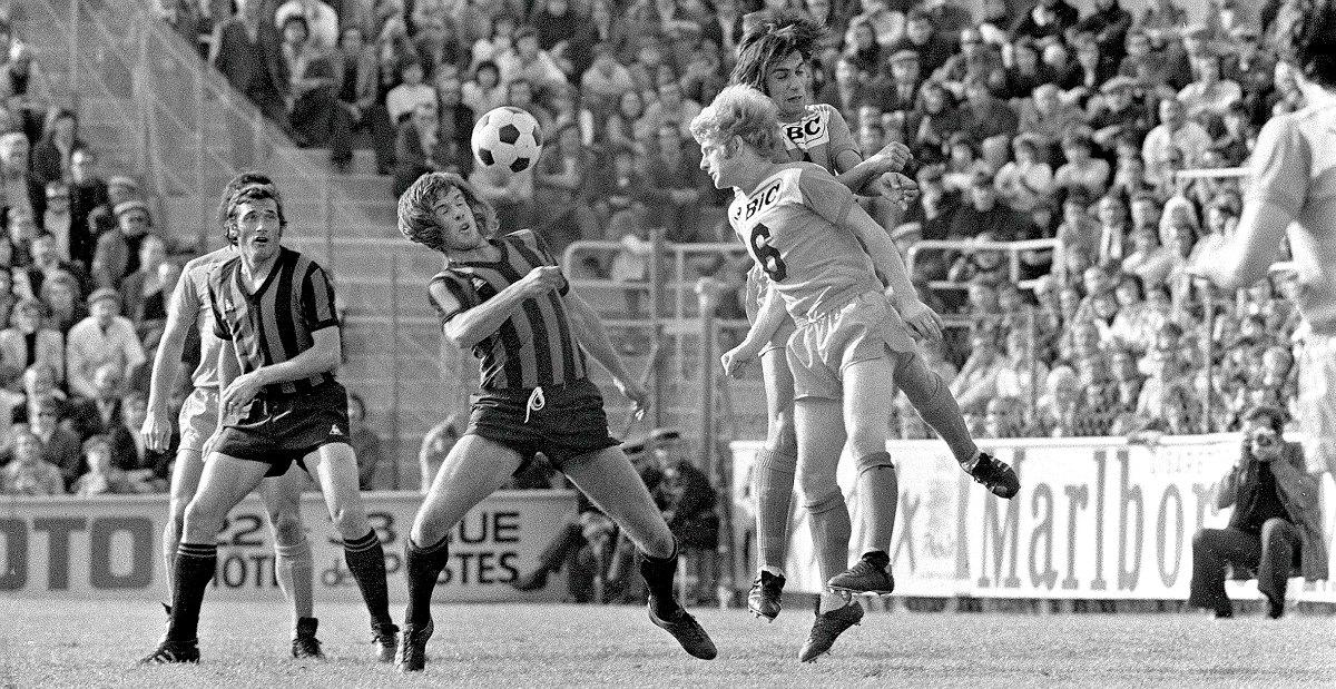 Le regretté Dick Van Dijk en action.
