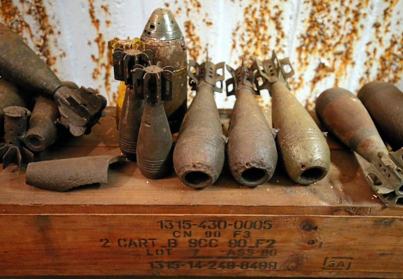 Des obus de mortier de 81 mm.