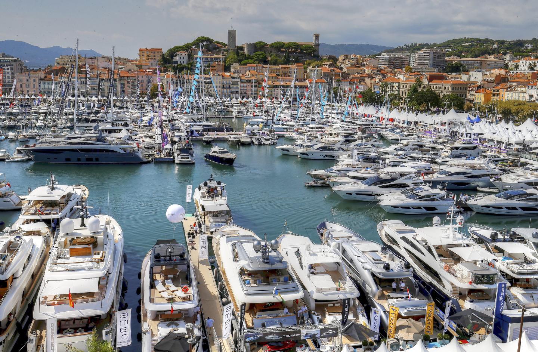 Le vieux port de Cannes.
