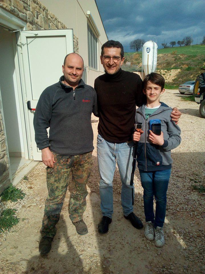 En Toscane, Alessandro et son fils Silla ont récupéré les brebis grâce à Matteo (à gauche).
