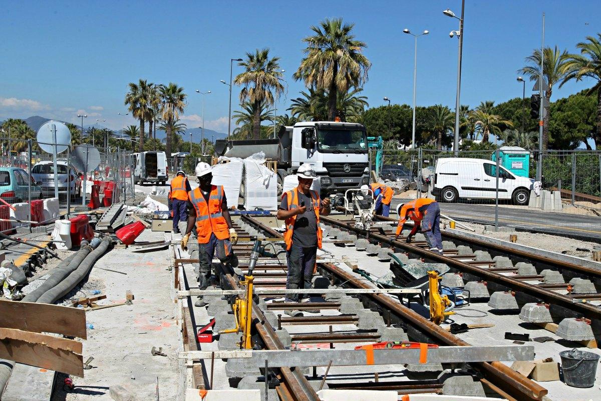 Le chantier du tramway à Carras.