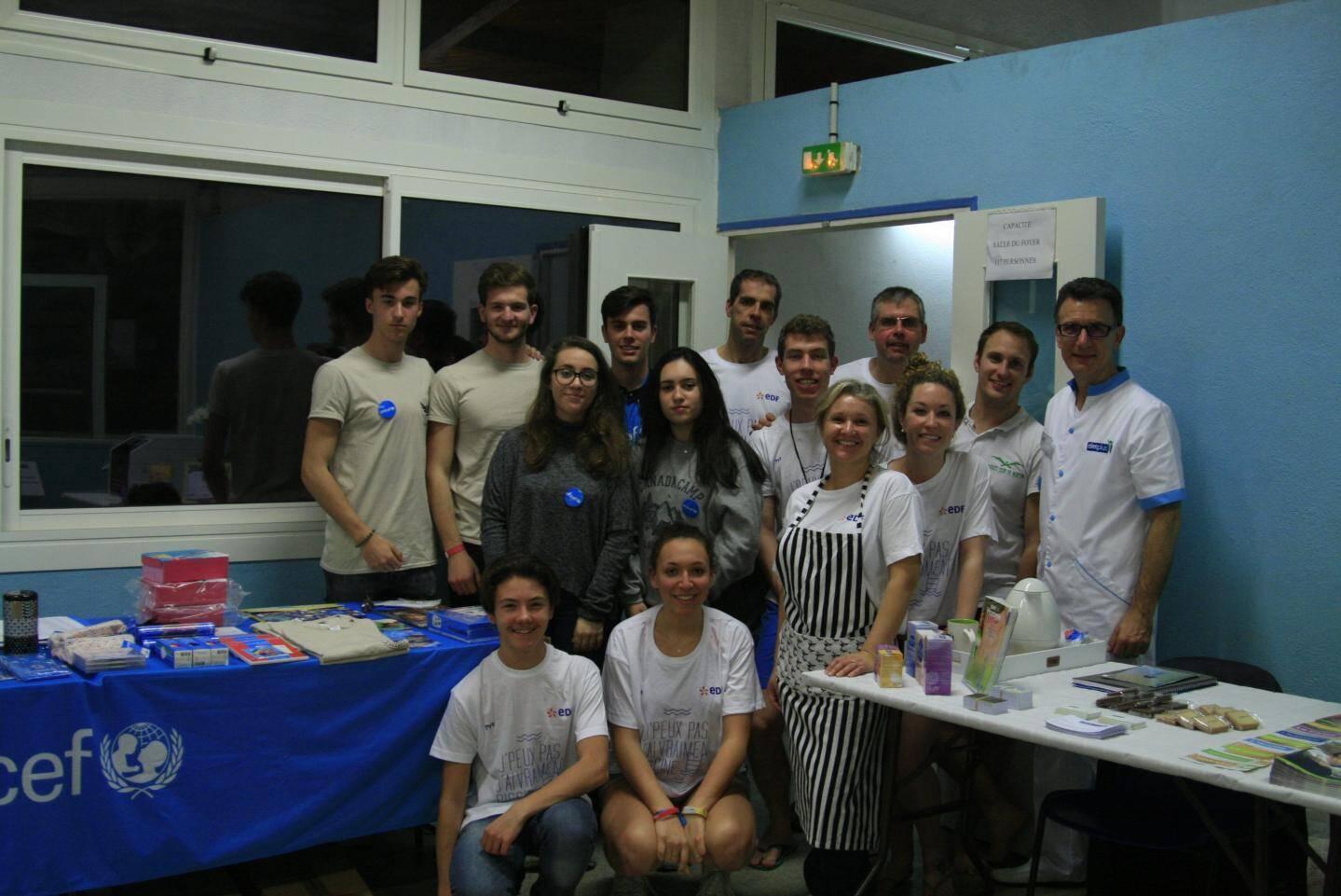 Partenaires, membres du bureau et bénévoles se sont retrouvés à l'occasion de l'édition 2017 de la « Nuit de l'eau ».