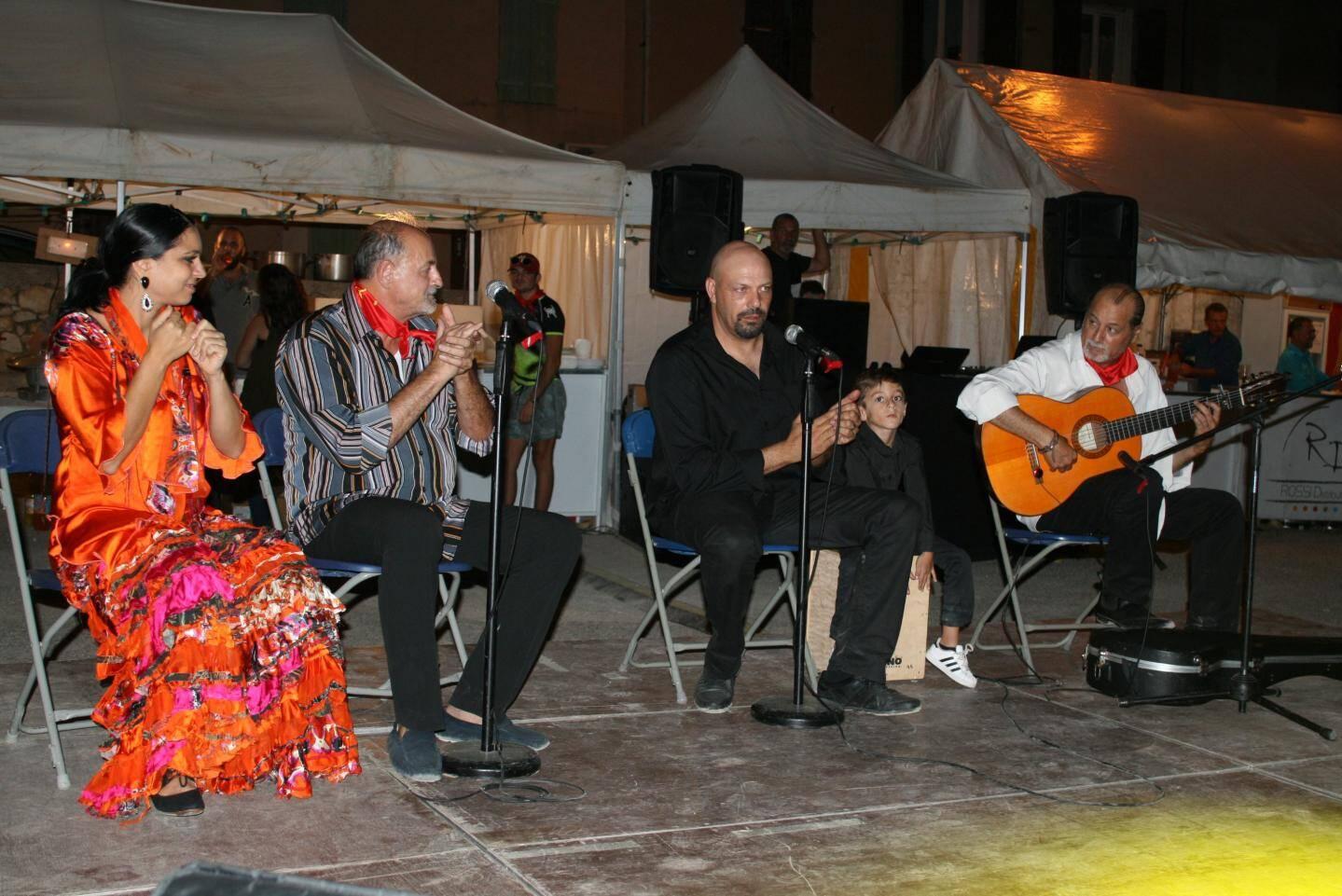 Les membres de la famille Gomez sont tous musiciens.