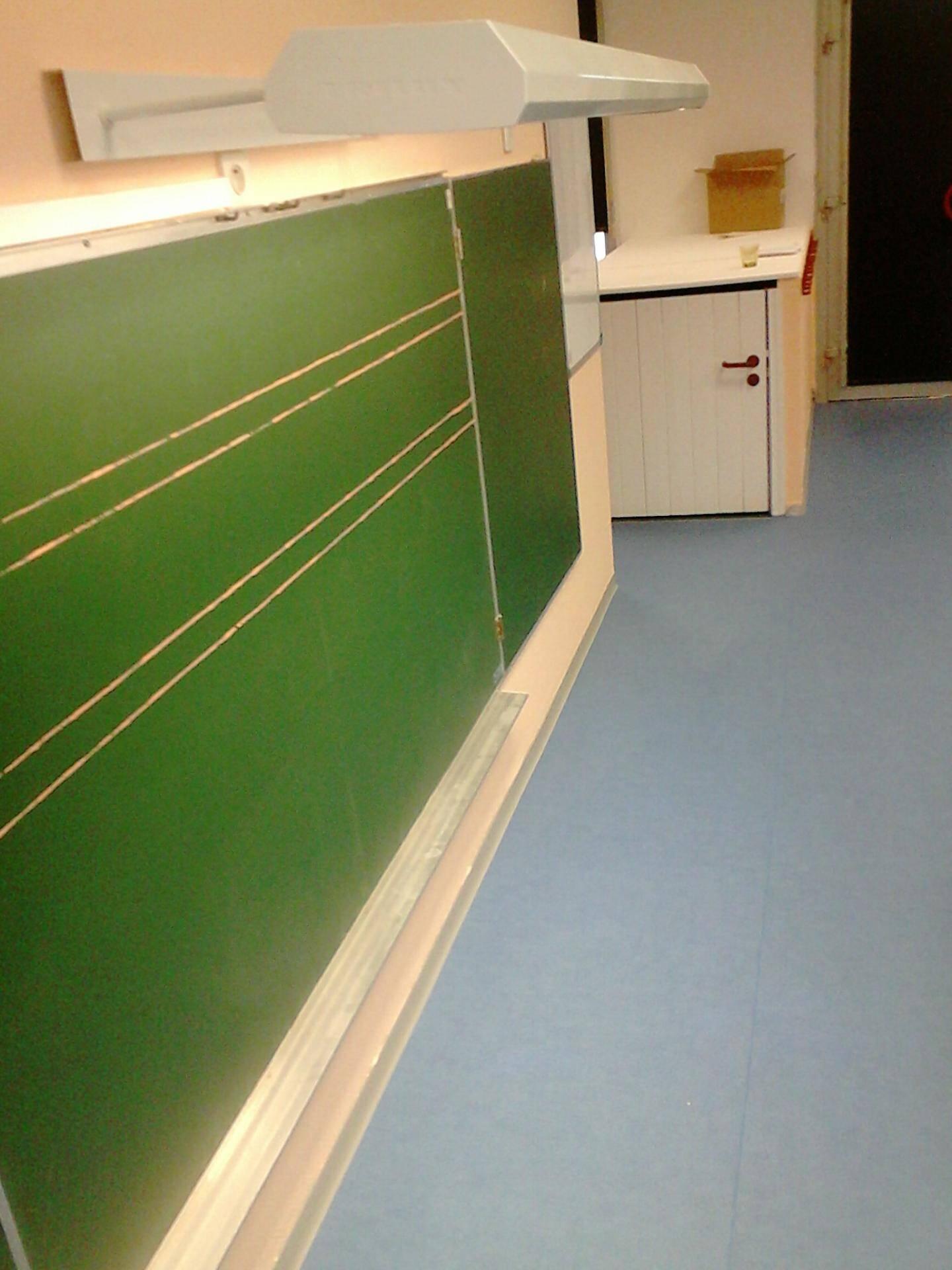 Un nouveau rétro-éclairage du tableau a été réajusté à l'école du Cap-Brun.