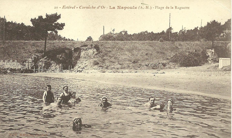 Bains de mer à la Napoule.