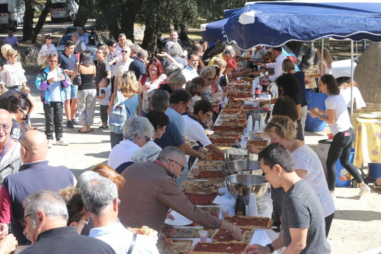 À l'occasion de sa rentrée politique, Jean-Claude Guibal, le maire de Menton, s'est présenté hier face à près de 1 200 personnes au parc du Pian. Un nombre presque deux fois plus élevé qu'en 2 016.