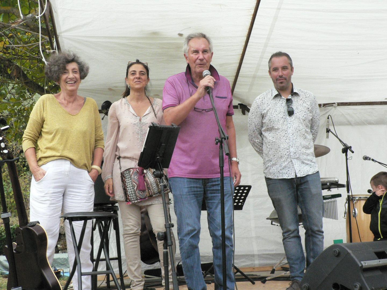 Le président Marc Jaeger, entouré de ses deux vice-présidentes, Martine Villars, Hélène Croce-Spinelli et de l'élu Gregory Loew, a donné le coup d'envoi de cette journée festive.