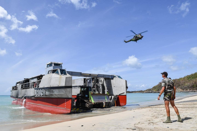 Depuis leur arrivée samedi, les militaires ont principalement déchargé du matériel nécessaire aux opérations de déblayage…