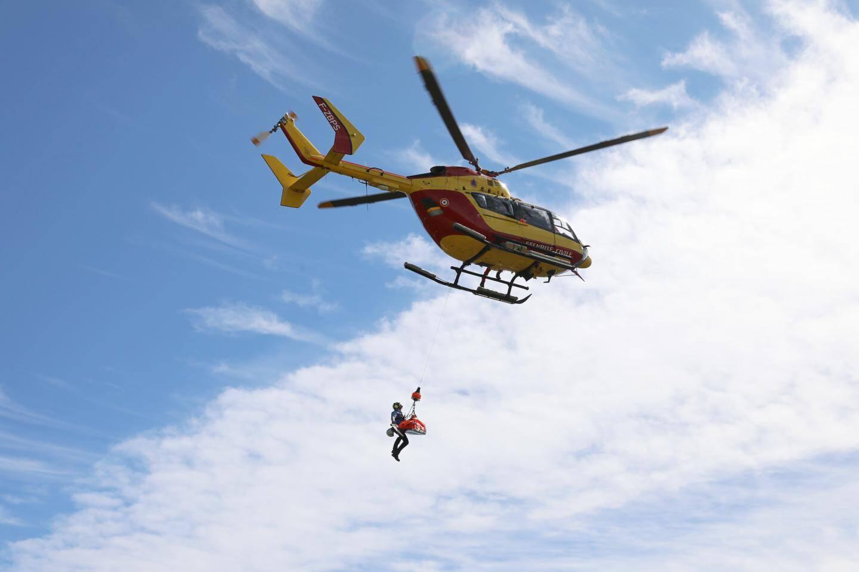 Les blessés ont évacués par hélicoptère.