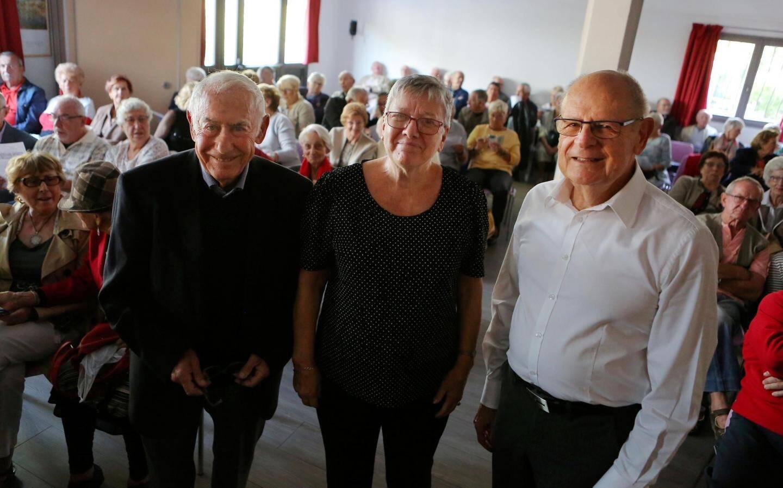 De gauche à droite, Gilbert Loeb, trésorier, la présidente Josette Rameaux et son successeur Bernard Darchicourt.