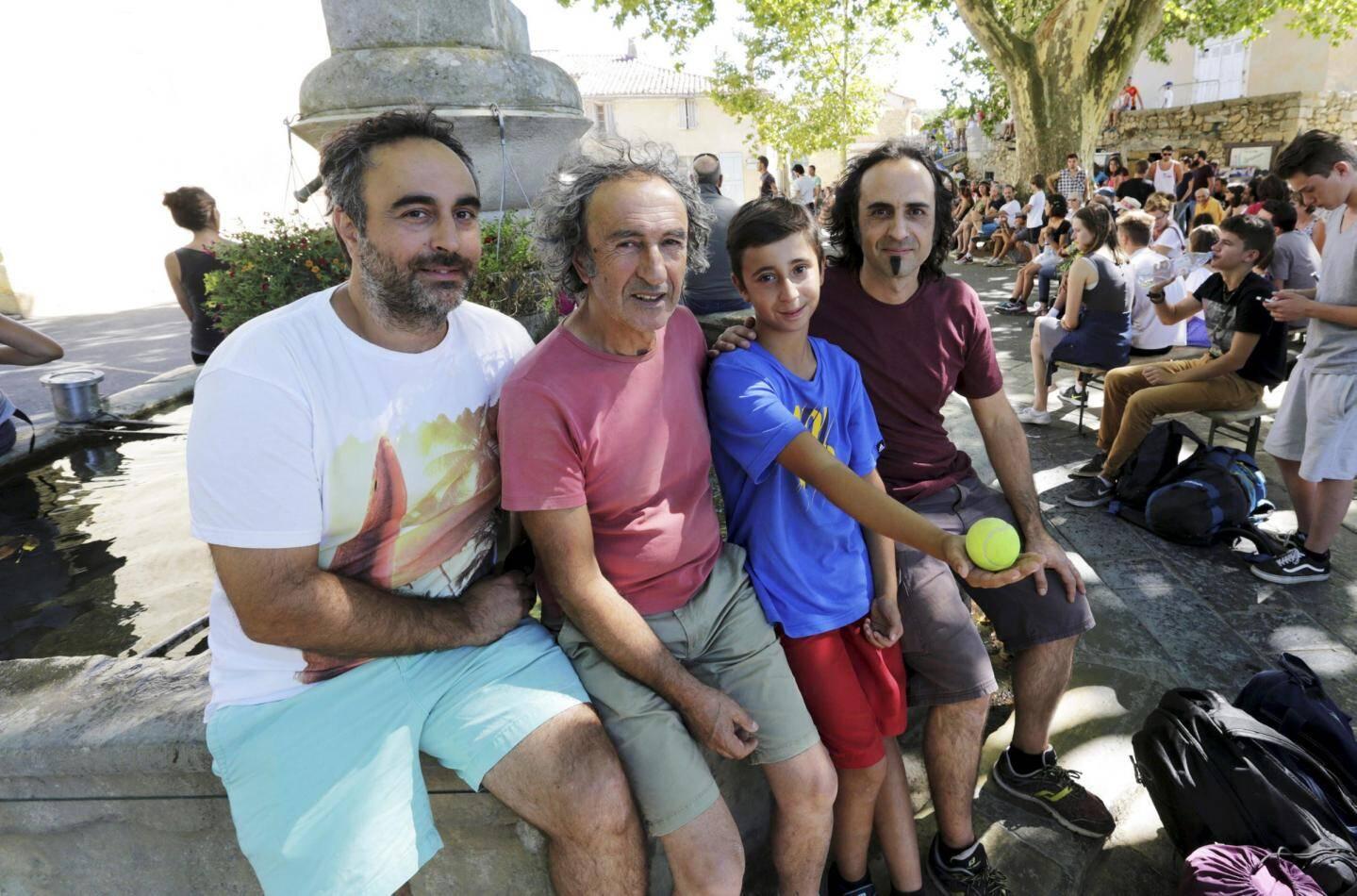 Dans la famille Bianchi, l'amour de la paume artignoscaise se transmet de père en fils.