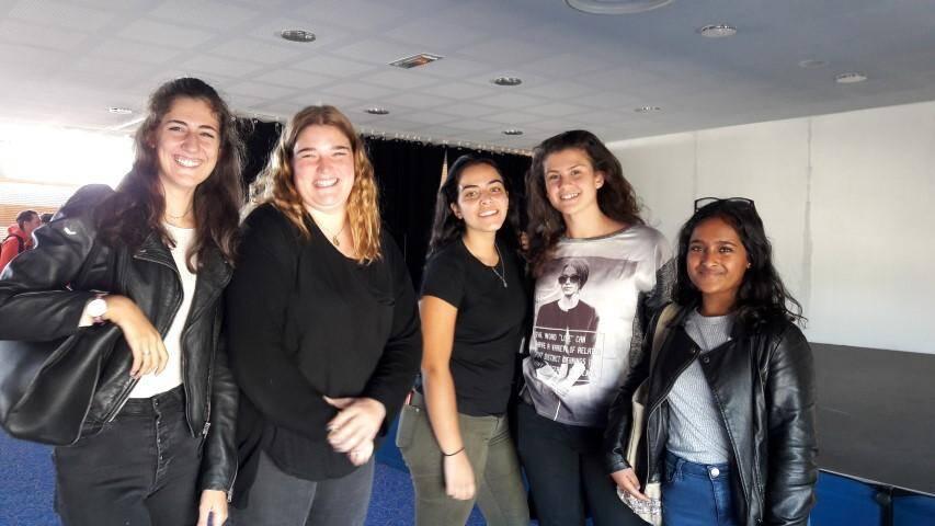 Erica , Chloé, Noémie, Claire , Alexane