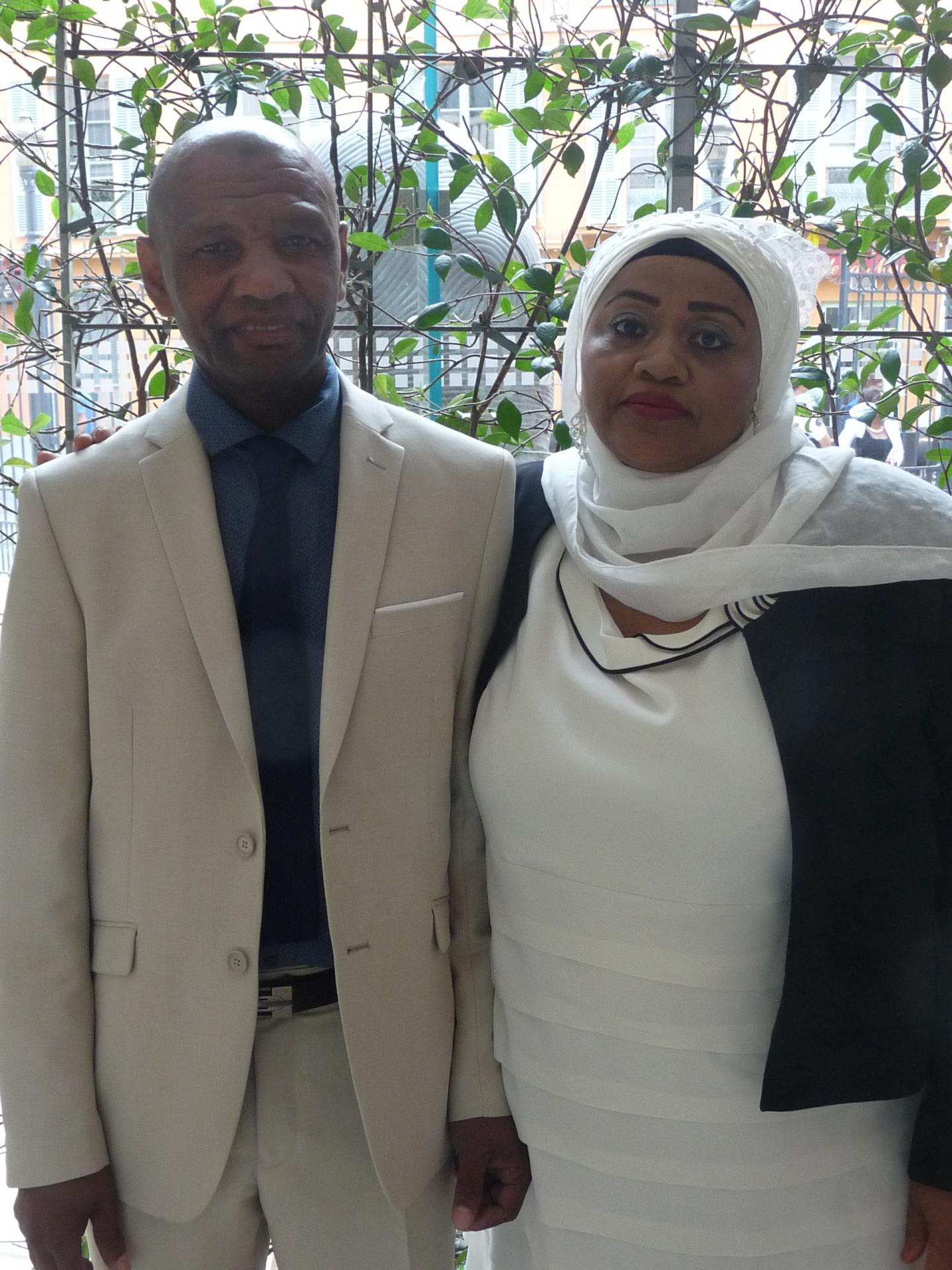 Abdou Abdallah, agent d'entretien, et Salmata Abdul Hadji, sans emploi.
