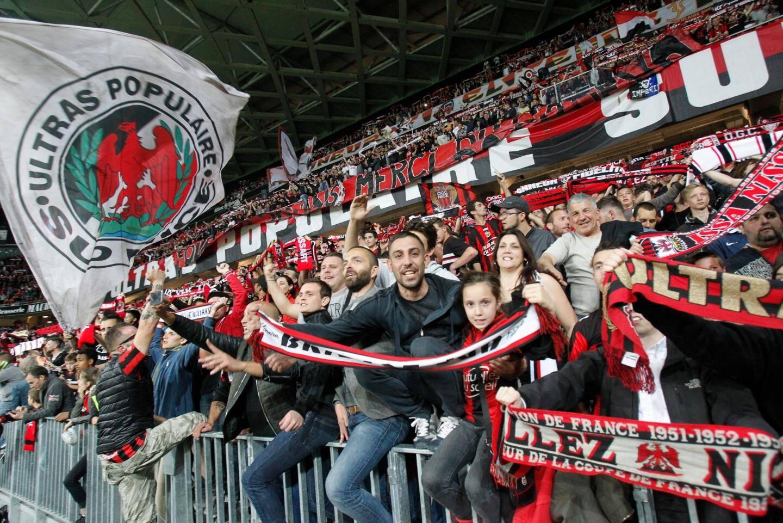 Le public niçois de l'Allianz Arena.
