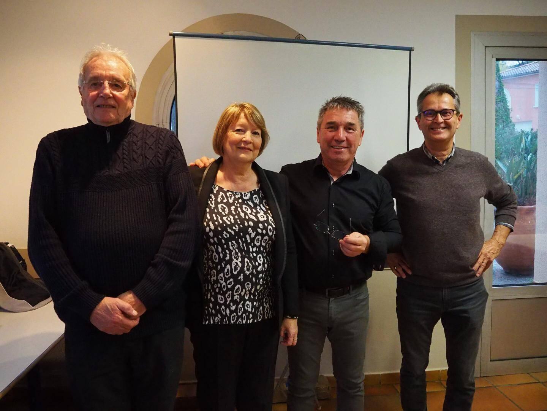 Marc, Joyceline, Christian et Denis font partie du bureau. Ils travaillent dans la bonne entente pour proposer des voyages mémorables.