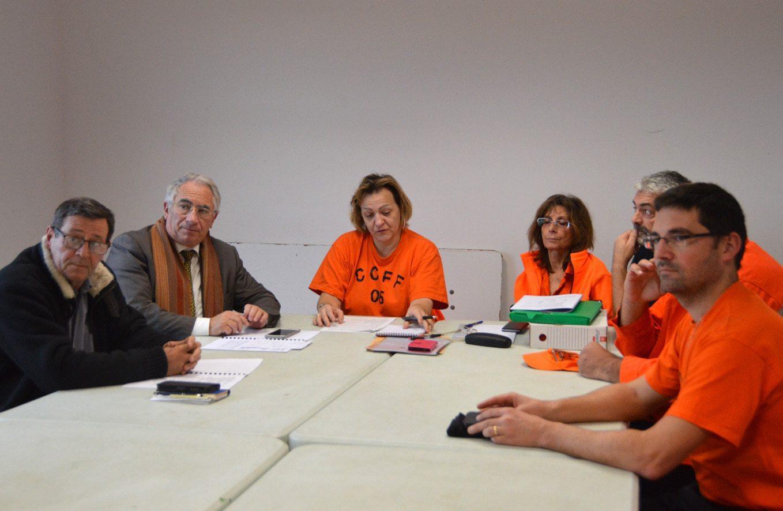 La réunion s'est tenue en présence de l'adjoint Jack Derain représentant le maire du Tignet François Balazun et du maire de Peymeinade Gérard Delhomez.