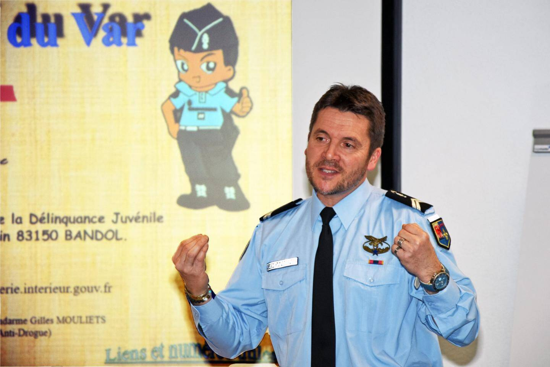 Le gendarme Gilles Mouliets a animé la réunion.