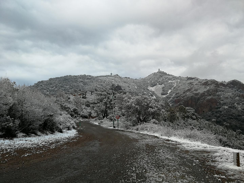 Des Adrets à Agay, le massif de l'Estérel sous la neige.