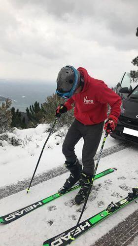 Un Raphaëlois, Guillaume Obry, s'adonne aux joies du ski dans l'Estérel...