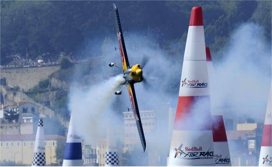 Le Red Bull Air Race va envahir le ciel cannois jusqu'à dimanche
