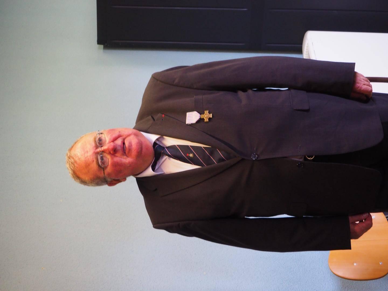 Jean-Bernard Molines a reçu la médaille du Combattant devant sa fille Albane, très fière de lui.