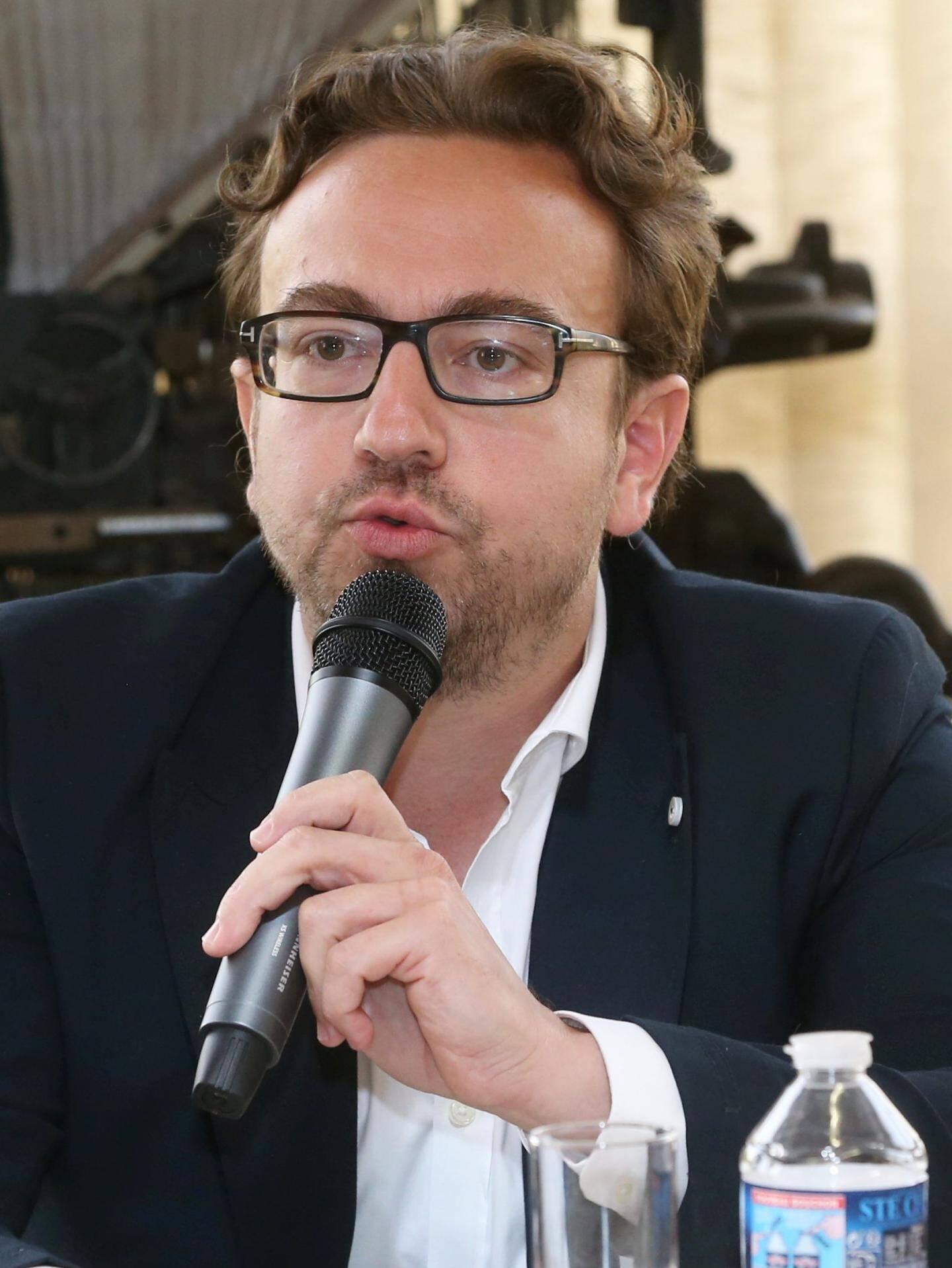 Dr Arnaud Clavé.