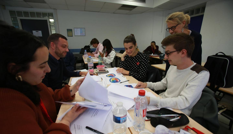 Les jeunes créateurs d'entreprise en formation à lEDHEC.