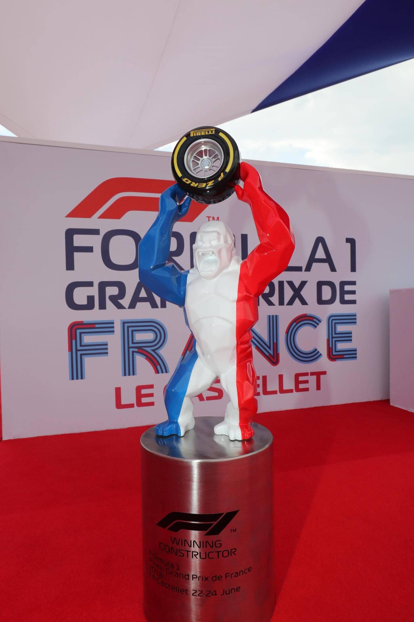 Le trophée imaginé par Richard Orlinski.