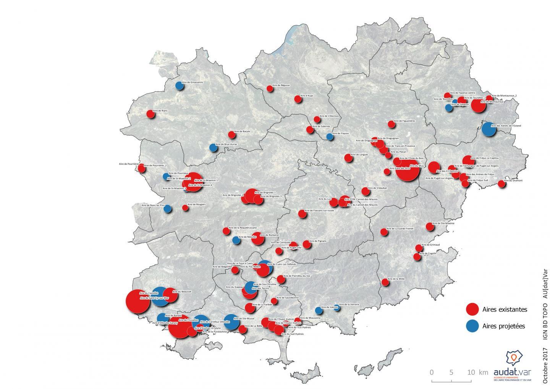 La carte des aires de covoiturage réalisées et en projet dans le Var.