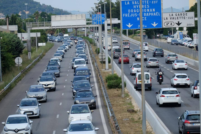 Le projet d'élargissement de l'autoroute est prévu sur une distance de 6,75 km entre les échangeurs Benoît-Malon et Pierre-Ronde.