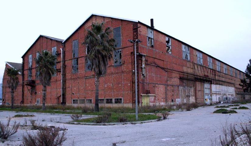 Contrairement à ce que disent les rumeurs, le projet n'est pas abandonné, assure la ville.