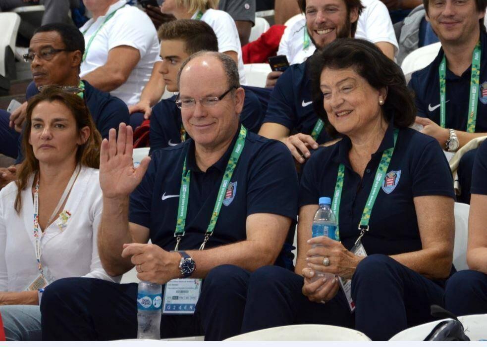 Le prince Albert-II dans les tribunes de la piscine de Buenos Aires : « La participation de nos athlètes à ces Jeux ne peut leur être que bénéfique pour la préparation de la suite de leur carrière. »