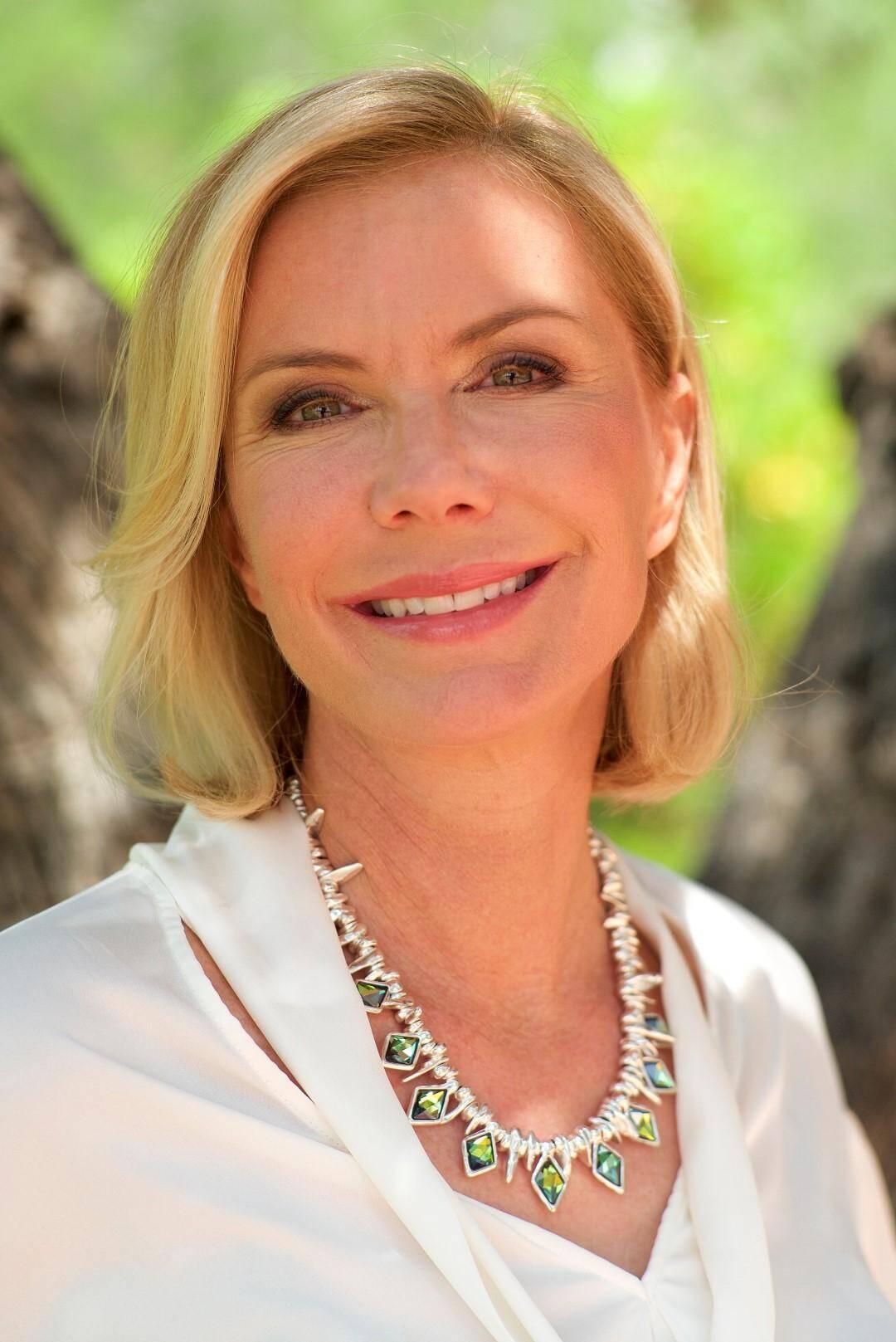 Katherine Kelly Lang est une habituée de la Côte d'Azur, notamment du festival de télévision de Monte-Carlo.