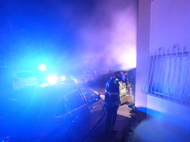 Près de trente pompiers ont répondu à l'appel.