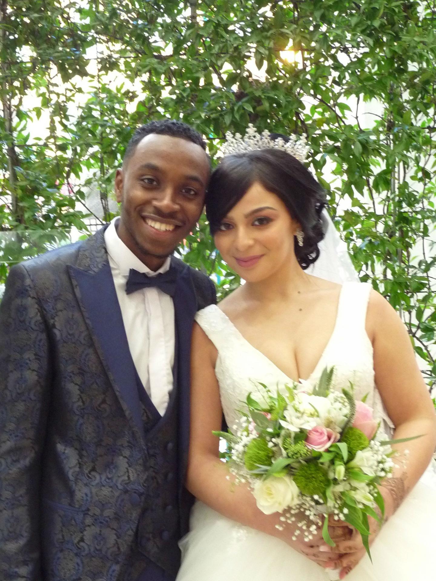 Salim Youssouf, livreur, et Sarah Laouni, étudiante.