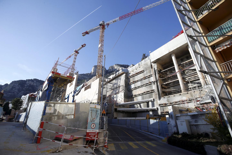 Au cours de l'année, la circulation de la partie basse de l'avenue Pasteur sera basculée dans le nouvel ouvrage d'art en cours de finition.