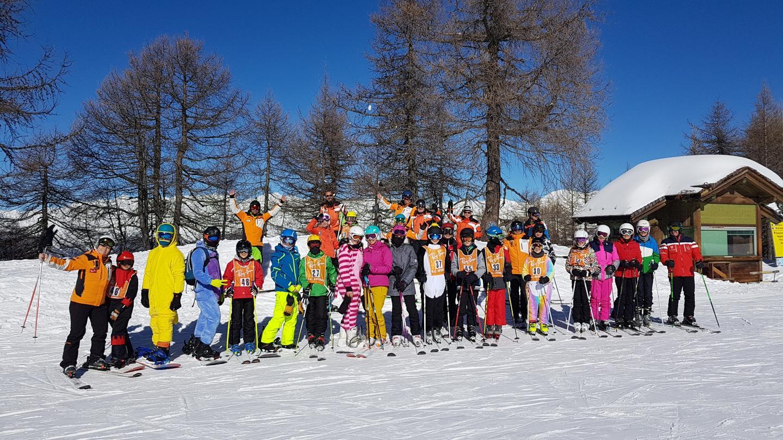 Le Vélasquez, 15, avenur Gazan  06.21.78.29.14  Facebook : ski Club Antibes ski-nowboard  E-mail  : skiclubantibes@wanadoo.fr