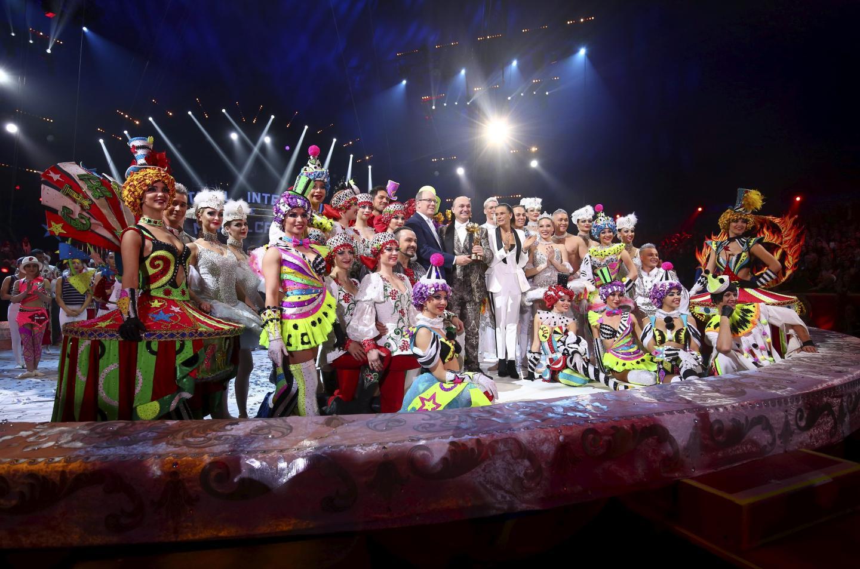 Grand artisan de cette 43e édition, le créateur Gia Eradze a reçu son clown d'or, entouré de sa troupe aux costumes flamboyants qui a ravi les spectateurs.