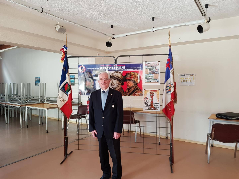 M. Mathieu, président du Souvenir Français d'Ollioules.(photo J. I.)