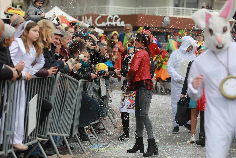 La pluie a sagement attendu la fin du corso, épargnant un défilé magnifique apprécié par une foule dense.