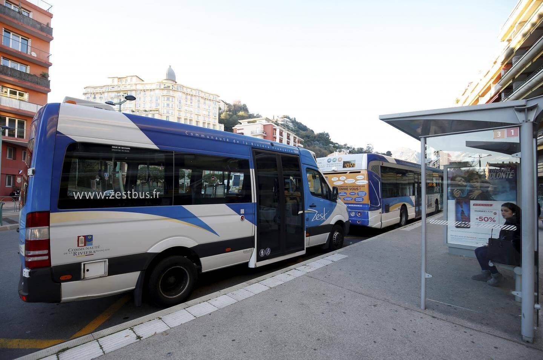Le contrat passé avec Carpostal Riviera, l'actuel délégataire du réseau de bus Zest, prendra fin en mai prochain.